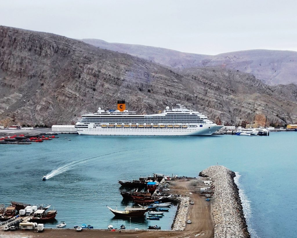 cruise ship in khasab port